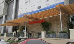 сгъваеми перголи VENUS MCA терасата на хотел 1