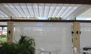сгъваеми перголи VENUS MCA терасата на ресторант 1