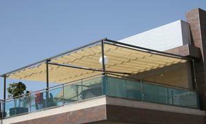 сгъваеми перголи VENUS MCA терасата на ресторант 6